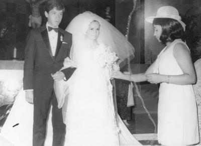 12022017 Javier V. Rosales, Cecilia Moya G. y Lety Garza, en 1970.