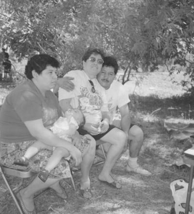 12022017 Juana Graciela, Ricardo Rivera Lara, Aracely Hernández y Graciela en los 80'.