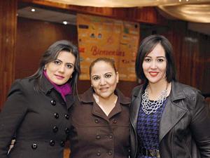 12022017 EN RECIENTE EVENTO.  María Elena Tovalín, Luz Celia de la Fuente y Bárbara de la Paz.