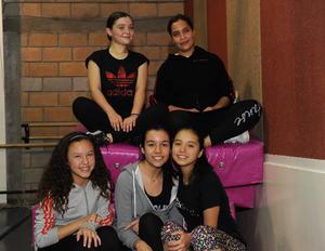 12022017 BAILARINAS.  Claudia, Paola, Renata, Gaby y Renata.