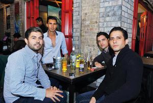13022017 AMIGOS.  Christopher, Carlos, Bobbie y Armando.
