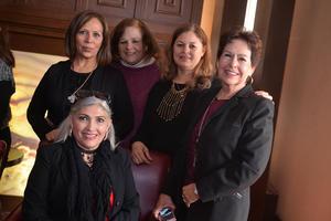 15022017 MUY CONTENTAS.  Laura, Cony, Isabel, Lupita y Cristina.