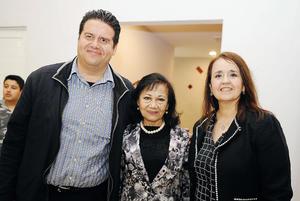16022017 EN RECIENTE EVENTO.  Jesús, Luly y Lupita.