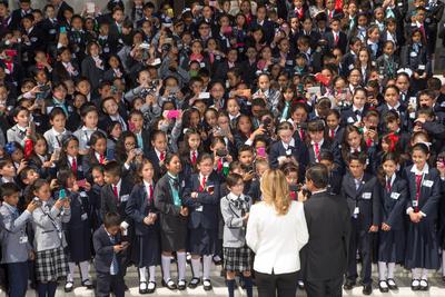Jacobo viajó a Ciudad de México junto con siete alumnos quienes representan a cada distrito el 13 de febrero.