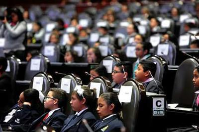 Jacobo Brambila Jiménez, de quinto grado de Primaria forma parte del Décimo Parlamento de Las Niñas y los Niños de México.