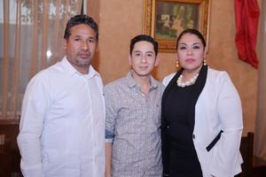 17022017 Katy, Gerardo y Rodolfo.