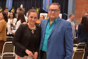 17022017 FESTEJOS POR ANIVERSARIO DEL IFL.  Claudia y Gustavo