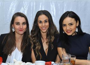 Pilar, Mariana y Karla