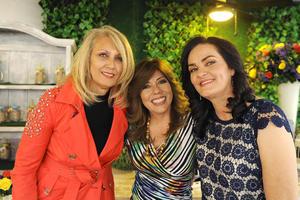 Lourdes, Yvonne y Soledad