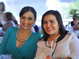 Tania López y Michelle Castro
