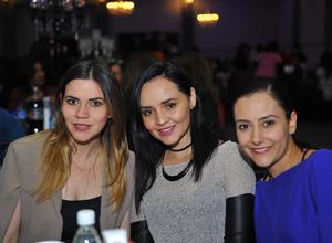 Grace, Dayis y Alina