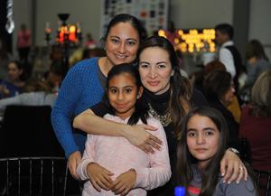 Miriam, Michelle, María Reneé y Victoria