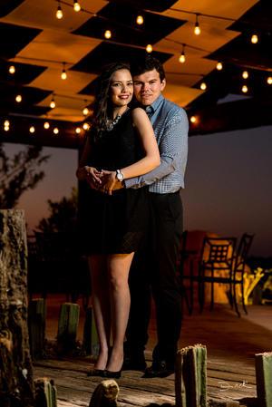 Stephanie Habib y Miguel Dávila 33