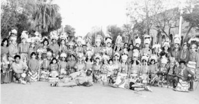 19022017 Grupo de danzantes de la Ocampo y Leona Vicario, hace varias décadas.