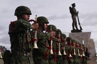 El 19 de febrero de 1913, el entonces presidente de México, Venustiano Carranza, decretó la creación del Ejército Constitucionalista, que posteriormente fue llamado Ejército Mexicano.