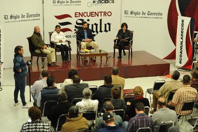 """""""Coahuila, decide: de cara a la elección estatal desde la visión de los principales partidos políticos"""" fue la temática central."""