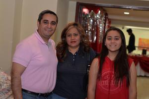 21022017 Juan Antonio, Adriana y Dhamar.