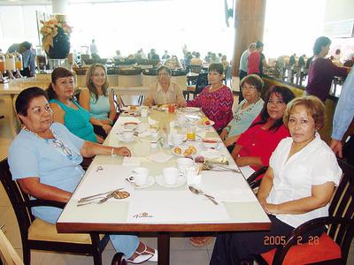 23022017 Alicia, Isabel, Mayra, María Guadalupe, Mariana, Leticia, Bertha y Juanis.