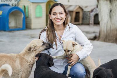 Martha es licenciada en Administración de empresas, pero desde que era niña quiso estudiar veterinaria. Ahora cursa el octavo semestre en la Universidad Autónoma Agraria Antonio Narro (UAAAN).