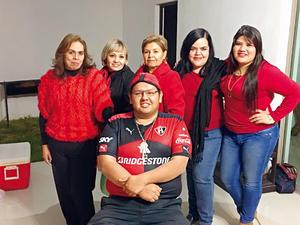 26022017 Mtro. Luis Fernando Hernández Rivera en compañía de las abogadas: Berenice García Parra, Gabriela Estavillo, Carmen Trejo Rocha, Edith Rodríguez Morales y Mayela Medina.