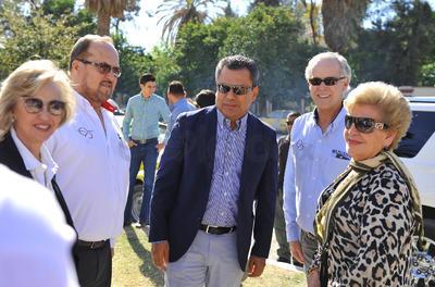 La inauguración estuvo a cargo del alcalde Jorge Luis Morán y el director general de El Siglo de Torreón, Antonio González-Karg, así como el director general adjunto, Alfonso González-Karg.