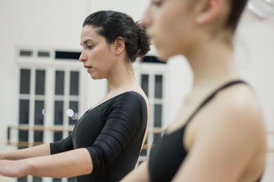 Dice que como docente constantemente tiene que estar preparándose para ser más creativo en las coreografías, en los ejercicios y en las clases.