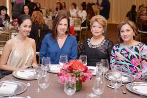 01032017 Fer, Gabriela, Marusa y Mayela.
