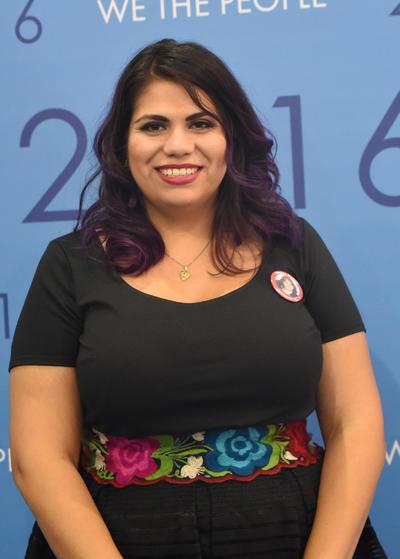 """La joven """"dreamer"""" gómezpalatina pidió al pueblo mexicano apoyar a los migrantes: """"Es importante que el pueblo mexicano respalde a los inmigrantes en EU""""."""