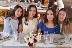 Aracely, Marifer, Tere y Mariana
