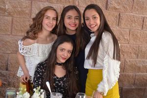 Daniela, Josely, Andrea y Ana Paula