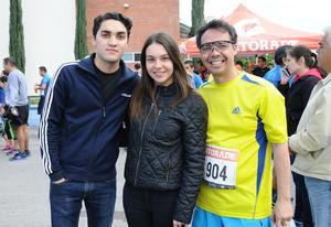 Memo, Gaby y Arturo