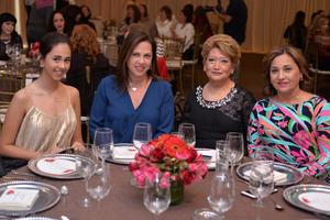 Fer, Gabriela, Marusa y Mayela