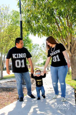 04032017 Ismael Alejandro García González celebró su primer año de vida en compañía de sus padres, Layla y Mitchel. - Zugasti Photography