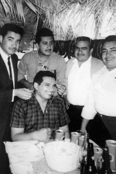 05032017 José Luis Flores, Gerardo Ramírez (f), Ramiro Romo (f), Pedro Fasio y Tacho Núñez (f).
