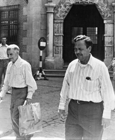 05032017 Manuel García Rodríguez y su hijo, Antonio, en El Escorial en 1970.