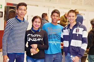 08032017 COMPAñEROS.  Luis, Valeria, Gibrán y Juan de Dios.