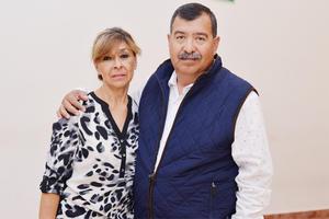08032017 EN PAREJA.  Patricia y Jorge.