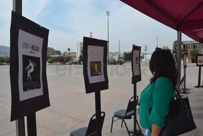 """se montó una exposición de carteles denominada """"Feminismo en México"""""""