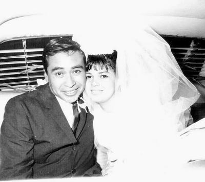 12032017 Sr. Alfredo Alarcón y Sra. Alicia Delgado celebraron su 50 aniversario de casados este 15 de enero.