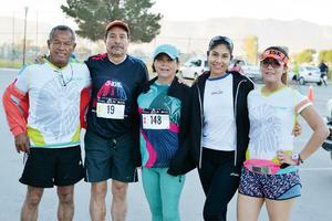 12032017 CORREDORES.  Carlos, Antonio, Ángeles, Betsy y Paty.