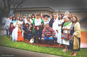 12032017 Asistentes a la celebración del Día Internacional de la Mujer, bajo la temática Nuestras Raíces.