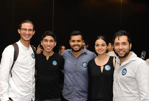 17032017 ESTUDIANTES.  Chuy, Rolando, Víctor, Jéssica y Sergio.
