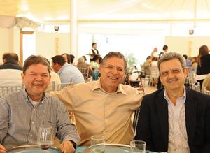 Alberto, Padre Armando y Alfredo