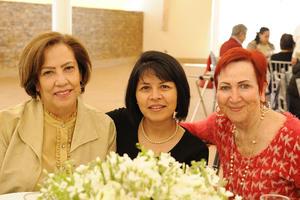 Blanca, Paty y Carmelita