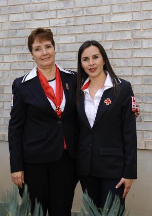 Alma Rosa de Pérez y Melina Reyes de Morales