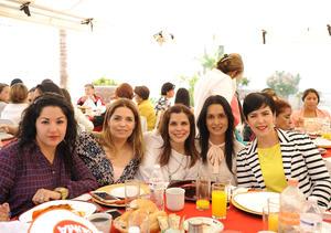 Ana María, Claudia, Laurencia, Ana e Inés