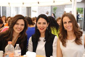 Sofía, Amine y Sofía