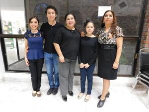 18032017 VELADA LITERARIA.  Ángela Pérez, Ángel Herrera, Imelda Rodríguez, Fernanda Herrera y Blanca Domínguez.