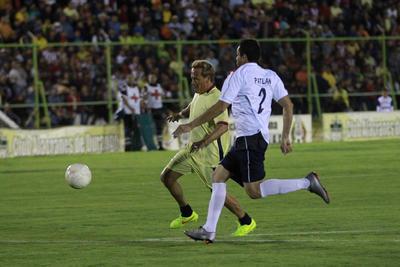 """Las Águilas contaron con los jugadores de refresco como: Jorge Toledano, Martín """"Kamakan"""" Simental y Víctor Santibañez."""