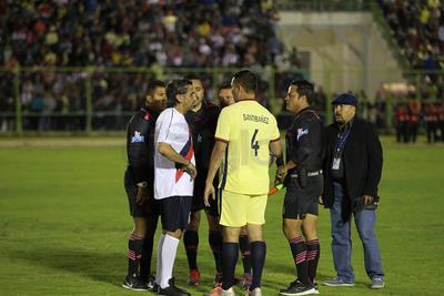 """El Chivas también contó con las habilidades de Remy Arreola, Óscar Cabeza, Daniel """"Pajaro"""" Corral y Jaime """"Batata"""" Correa."""